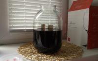 Настоявшуюся воду слил в банку с водкой и сахаром